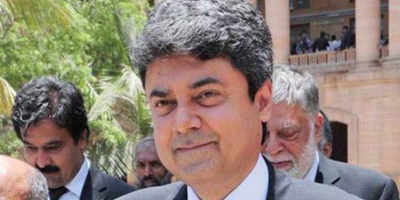 نومنتخب وزیرقانون کا سابق صدر پرویزمشرف کے کیس سے دستبردار ہونے کا اعلان