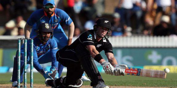 روہت شرما کی قیادت میں بھارتی ٹیم صرف 92 رنز بناسکی