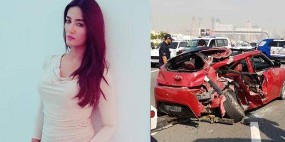 پاکستانی ماڈل متھیرا کار حادثے میں بال بال بچ گئیں