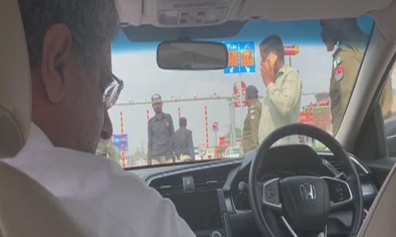 شاہد خاقان عباسی کو گرفتار کر لیا گیا
